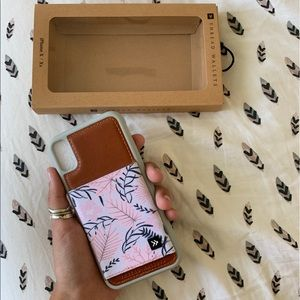 BRAND NEW thread wallets iphone case